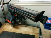 Radial Saw / Scie Radiale