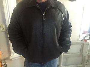 Izod leather jacket BRAND NEW Cambridge Kitchener Area image 5