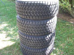 j ai 4 pneus bridgestone blizzak 275 40 20 neuff hiver cayenne
