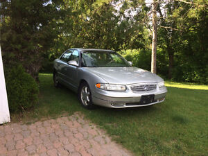 2002 BUICK REGAL LUXURY SEDAN
