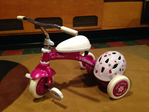 Tricycle fillette + casque