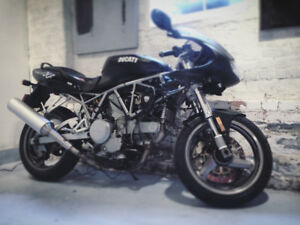 2001 Ducati 750 supersport