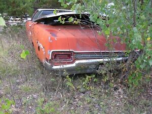 1970 FORD XL CONVERTIBLE.....429.....selling as a parts car