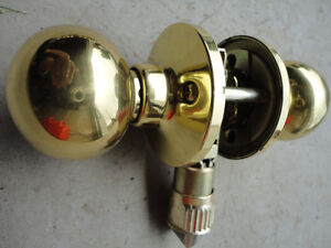 Polished Brass Interior Door Knobs (Gold) Lightly Used