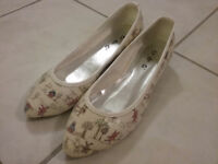 Ladies Shoes - size 7-71/2