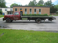 Ford F450 Flatbed with Wheellift