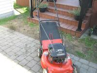 Tondeuse MTD (6 hp / 21 pouces) avec sac arrière