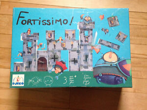 Fortissimo Castle Building Set by DJECO