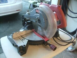 CRAFTSMAN  10 inch  COMPOUND MITER SAW
