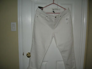 Brand new Gap cropped jeans