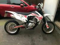CCM Armstrong xtr-4 500cc supermoto,12 reg,only 1200 miles,mike puzey build.....