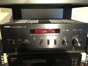 Yamaha R-S700 or Yamaha R-N602 Receiver. Kitchener / Waterloo Kitchener Area image 1