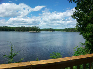 COTTAGE on Ottawa River, Westmeath PRIVATE WITH AMAZING VIEW!!
