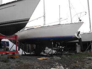 25 ft c and c sail boat