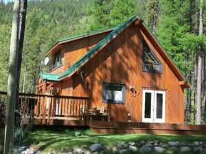 Fabulous lake view home Moyie Lake