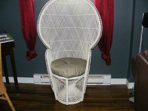 Chaise rotin coussin acheter et vendre dans grand montr al petites annonc - Chaise suspendue a vendre ...