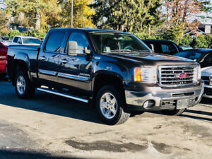 2010 GMC Sierra 1500 SLT w/ Leather, Sunroof, only 105k km!