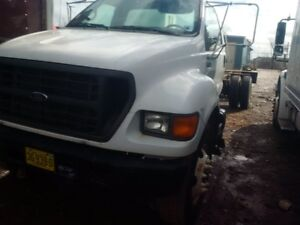 PARTING OUT 2002 FORD F700
