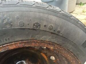 225/60/r16 winter tires (set of 4) for sale used for 1 winter  London Ontario image 2
