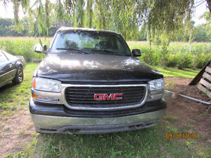 Parting out 99 Sierra Z71 4X4 Windsor Region Ontario image 1