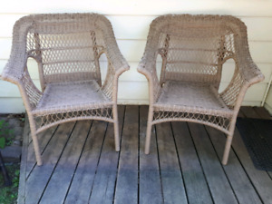 Set of two wicker chairs