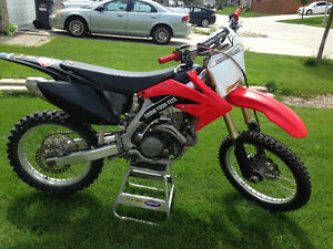 Wanted blown up/ wrecked 450cc motocross bike