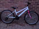 """Girls 24"""" wheel bike - Muddyfox"""