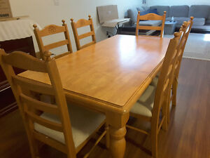 6 person solid wood table