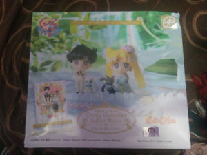 Sailor Moon Happy Wedding Petit Chara set