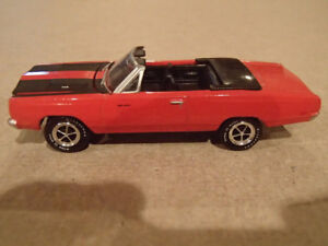 1:64 SCALE DIE-CAST GREENLIGHT MCG 1969 PLYMOUTH ROAD RUNNER CON