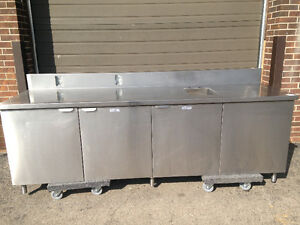 Stainless steel table cabinet with small sink