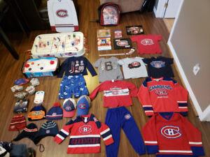 Lot de 35 jeux jouets de hockey et du Canadiens de Montréal