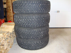 215/55/R17 STUDDED WINTER TIRES