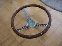 Classic Walnut Wood Grant Steering Wheel