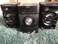 Bargain Sony Hi Fi with CD/iPod dock/Tuner and great sound!