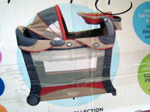 Graco Pack 'N Play with Bassinet