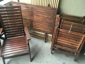 Patio furniture, table and 4 chairs