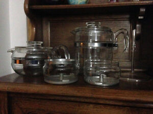 Old glass Pyrex coffee and tea pot