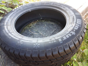 two 195/65r15 winter tires for sale, 1 new 1 slightly used