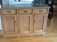 Buffet antique / bahut / vaisselier