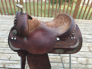 "15.5"" Circle Y Western Saddle For Sale"