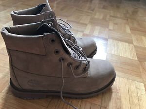 Brown Timberlands for sale!