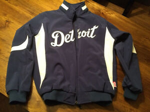 Detroit Tigers - Mens Large Majestic Therma Base Jacket