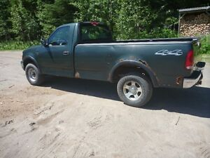 2003 Ford F-150 XL Pickup Truck