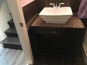 Meuble et lavabo pour salle de bain