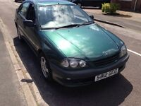 Toyota avensis, long mot mid Dec 16, runs and drives great
