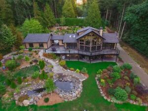 Stunning North Saanich Home available Oct 1 Short or Long Term