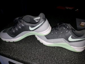 Nike Training sneakers women's size 7