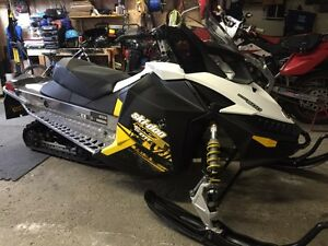 2011 SKIDOO MXZ TNT600 FOR SALE!!!