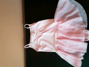 Brand New dress size L kids